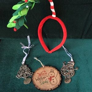 Christmas Decorations- lot of 4 items